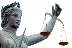 statue_with_justice_scales.jpg