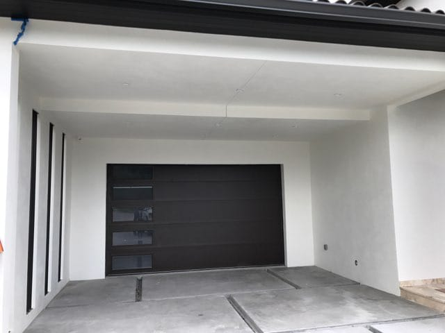 garage-door-repair-nearby-2.jpg
