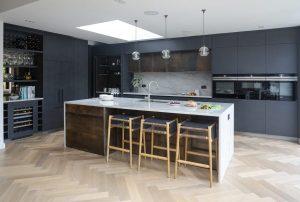 Luxury Designer kitchens lo.jpg