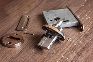 Locksmith-Services-Lock-Repair.jpg