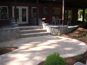 Paver_Entrance__Steps__Walkway__Patio_and_Retaining_Walls.jpg