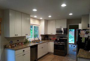 kitchen1s.jpg